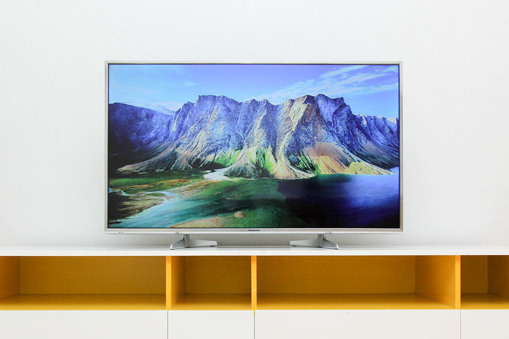 Smart Tivi Panasonic 4K 49 inch TH-49DX650V